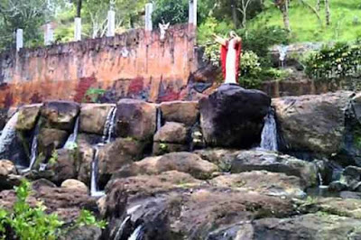 Bukit Doa Pinaling di Minahasa Selatan